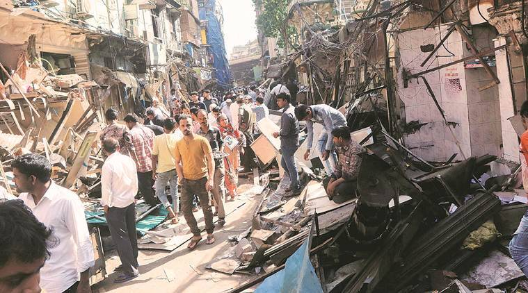 Minara Mansion, mumbai fire incidents, mumbai fire brigade, fire mishgap averted in mumbnai, BMC fire brigade, DMU, metre box catches fire in mumbai