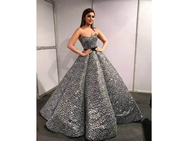 Manushi Chhillar, Manushi Chhillar latest photos, Manushi Chhillar fashion, Filmfare awards 2018, Sonam Kapoor, Sonam Kapoor latest photos, Sonam Kapoor fashion, Alia Bhatt, Alia Bhatt filmfare, Sunny Leone, Sunny Leone latest photos