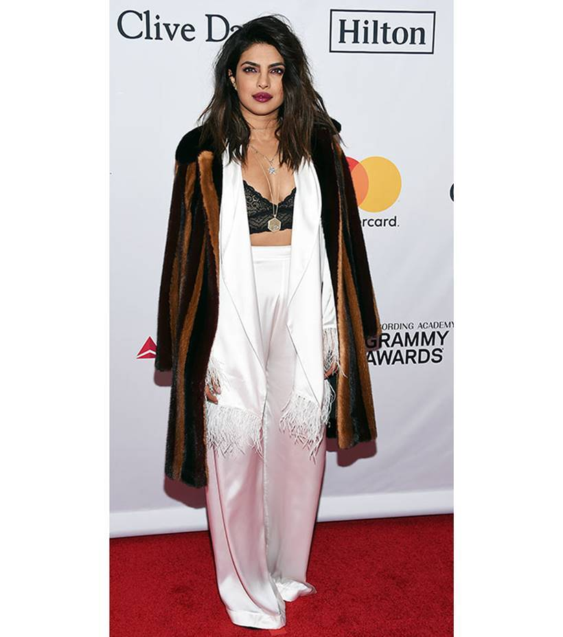 2018 Pre-Grammy Gala, 2018 Pre-Grammy Gala Priyanka Chopra, priyanka chopra, priyanka chopra latest photos, priyanka chopra fashion, priyanka chopra red carpet, katie holmes, katie holmes fashion, chrissy teigen, chrissy teigen fashion, indian express, indian express news