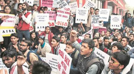 metro fare, DU students, metro fare hike, du students protest, indian express, india news, latest news