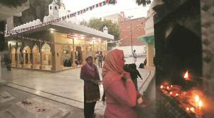 Hazrat Nasiruddin Mahmud Chirag-Dehlavi Dargah: At heart of Waqf Board spat lies a lonely, quiet 14th Century sufi shrine