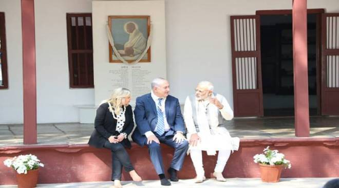 PM Narendra Modi, Israeli PM Netanyahu bond in Gujarat; hold grand roadshow