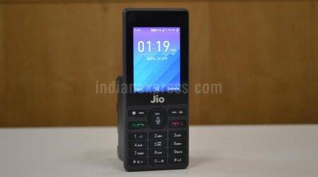 4G feature phones, Indian smartphone market, Reliance JioPhone, GfK report, smartphone makers, 4G services, JioPhone features, mature technology, global smartphone sales