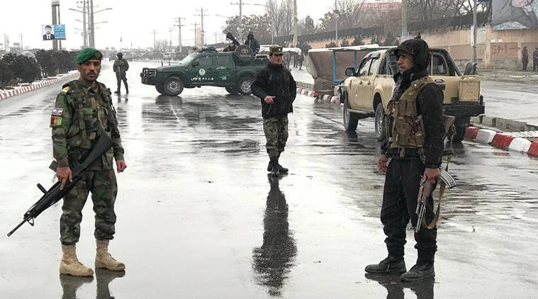 Insurgent attack kills 10 Afghan security forces