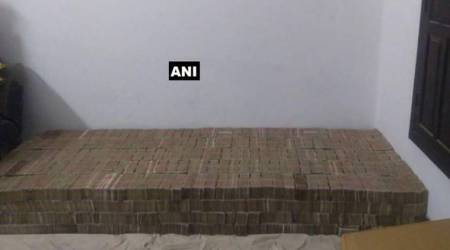 Rs 80 crore demonetised notes found in Kanpur, counting underway