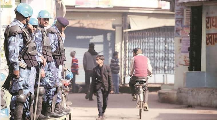 kasganj violence, Uttar Pradesh communal clashes, ram naik, kasganj police transferred, kasganj sp transferred, republic day clash, ram naik