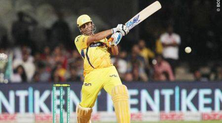 IPL 2018 Player Retention: MS Dhoni signs new CSK contract with Ziva's help, watch video