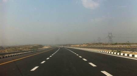 Uttar Pradesh govt fixes toll rate for Agra-Lucknow Expressway; effective from midnight onwards