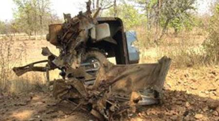 Maoists torch vehicles, ransack equipment at bauxite mine in Jharkhand