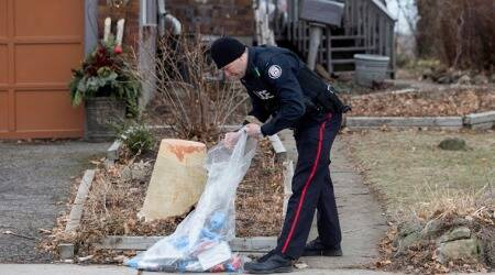 Toronto: Police search gardens for alleged serial killer victims