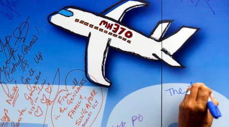 Malaysia approves new search for missing flightMH370