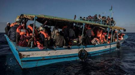 Spain: Children and women among 329 migrants rescued atsea