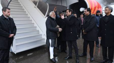 Beyond the news: In Davos, two Prime Ministers, two contexts