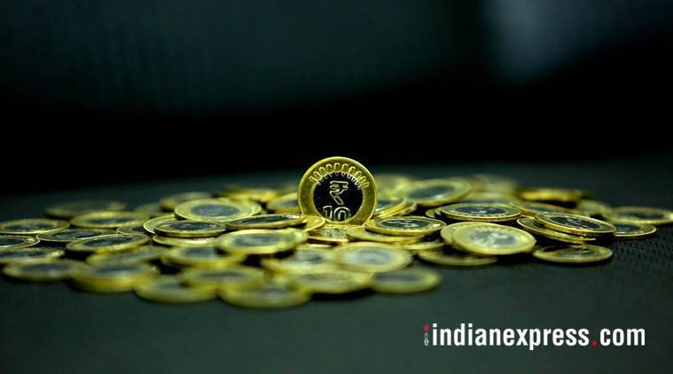 ten rupee coin, coin swallow death, nashik, maharashtra, 10 rs coin, child dead after swallowing coin, indian express