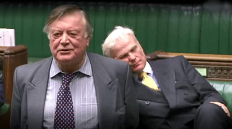 UK mp sleeping, mp sleeping in parliament, Kenneth Clarke, Sir Desmond Swayne, viral video