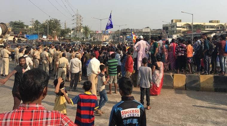 Mumbai, Mumbai bandh, Mumbai rasta roko, Battle of Koregaon, Koregaon Bhima, Pune, Dalit, Dalit protests,