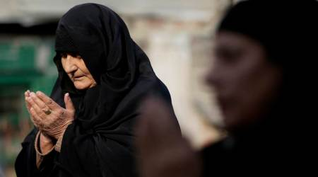 Woman given triple talaq over burnt roti in Uttar Pradesh