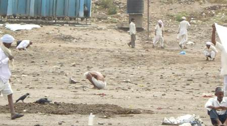 Open defecation in Maharashtra to invite spot fine of Rs500