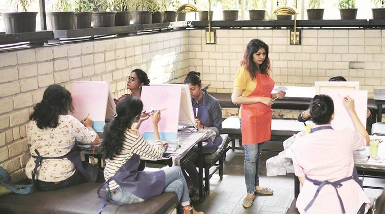 The Daily Bar & Kitchen, Snehal Patil, painting workshop, Mumbai news, indian express news