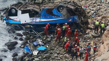 At least 48 dead when bus plunges onto rocky beach inPeru