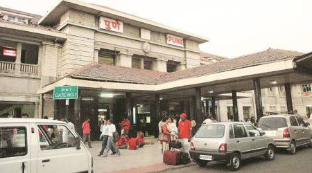 At Pune railway station: Rs 5 for train fare, but Rs 20 for platform ticket