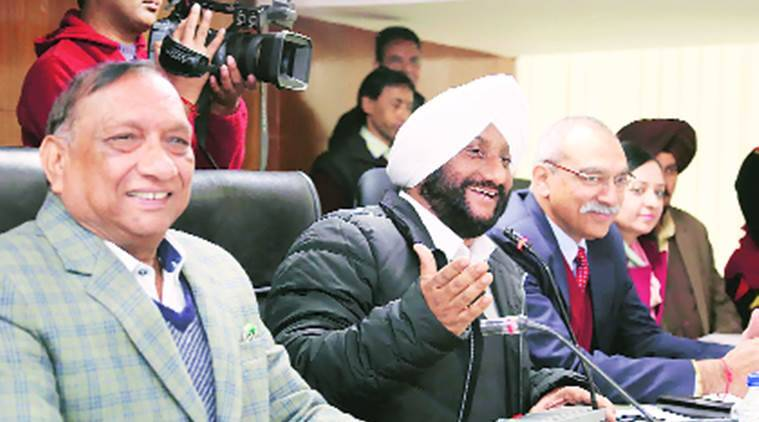 Pruning machine purchase: MC House passes condemnation resolution against Navjot Singh Sidhu
