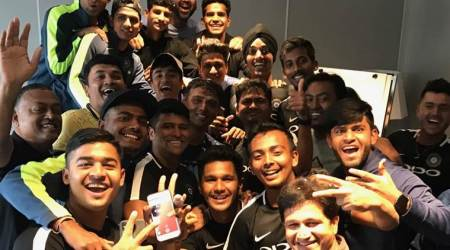 Rahul Dravid celebrates birthday with India U-19 World Cup squad, watch video