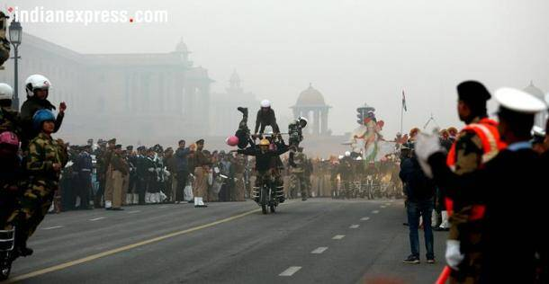 Border security force, BSF, republic day parade, republic day parade rehearsal, women motorcycle riders, daredevil stunts, indian expess