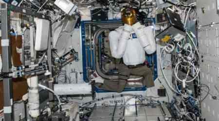 NASA, US defence agency, space robots, space warfare, space debris, satellite lifespan, International Space Station, spacecraft, outer space hazards, orbiting probes