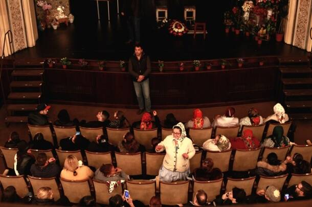 Romania's Roma culture seeks stage through feminist theatre company Giuvlipen