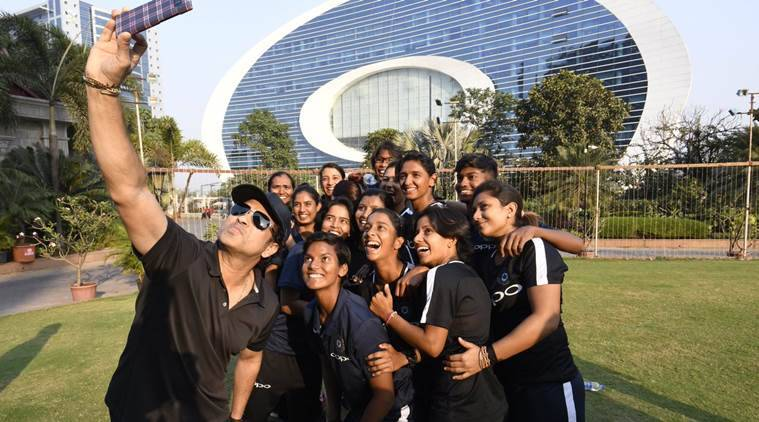 Mithali insists on playing warm-up games during S.Africa tour