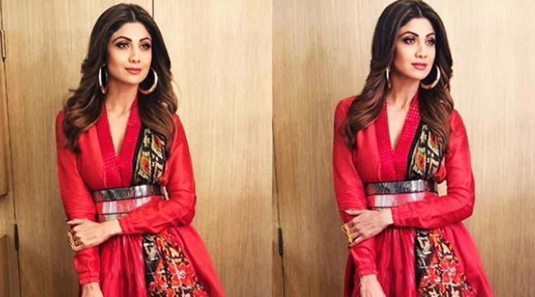 Shilpa Shetty Kundra, Shilpa Shetty latest photos, Shilpa Shetty fashion, Shilpa Shetty saris, Shilpa Shetty patola saris, Shilpa Shetty metallics