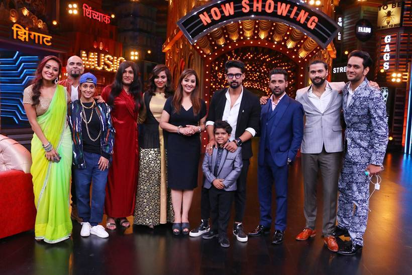 Shilpa, Vikas, Punesh and Arshi with the cast of Entertainment Ki Raat