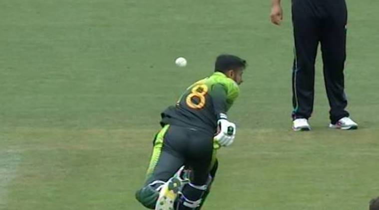 Shoaib Malik, Shoaib Malik injury, Shoaib Malik concussion, Pakistan national cricket team, cricket news indian express