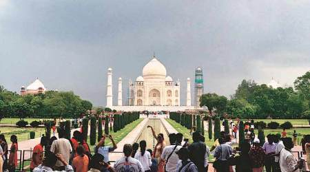 Taj Mahal rush: Visitors to be capped at 40,000 a day, each visit 3 hours