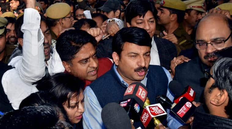 delhi bjp attacks aap, bjp attacks aap over water, bjp attacks aam aadmi party, delhi bjp chief, manoj tiwari, arvind kejriwal, delhi water crisis