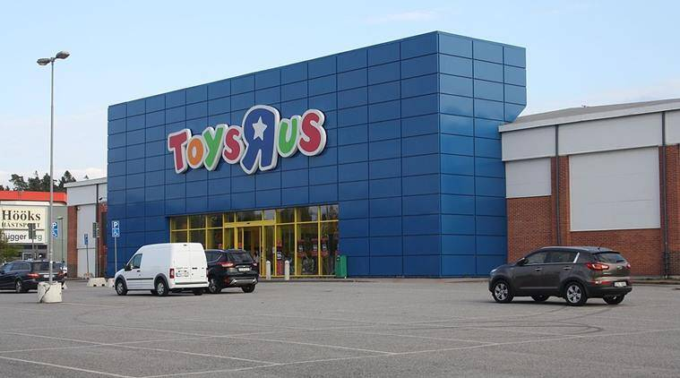 Here's a map of where Toys R Us stores are going dark