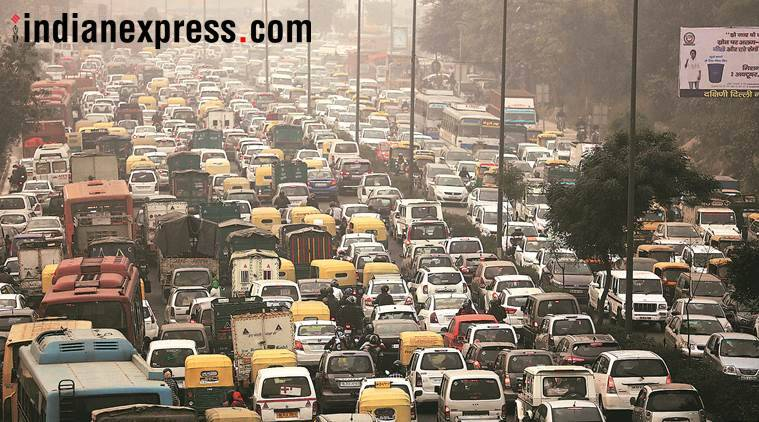 india gate, connaught plane, traffic jam, central delhi, new year, lajpat nagar ashram flyover, delhi news, indian express