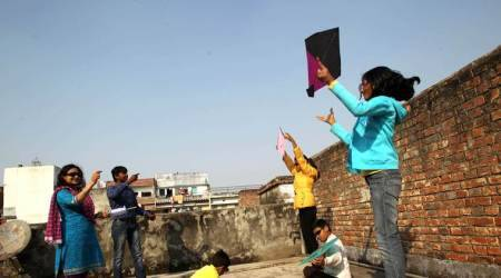 makar sankranti, uttarayan, uttarayana 2018, flying kites during makar sankranti, people flying kites during uttarayan, why people fly kites during makar sankranti, reason why people fly kites during uttarayan, indian express, indian express news