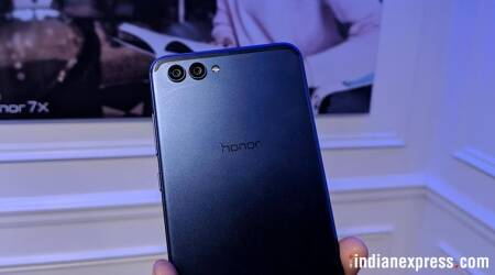 Be ready for Huawei Honor experience stores