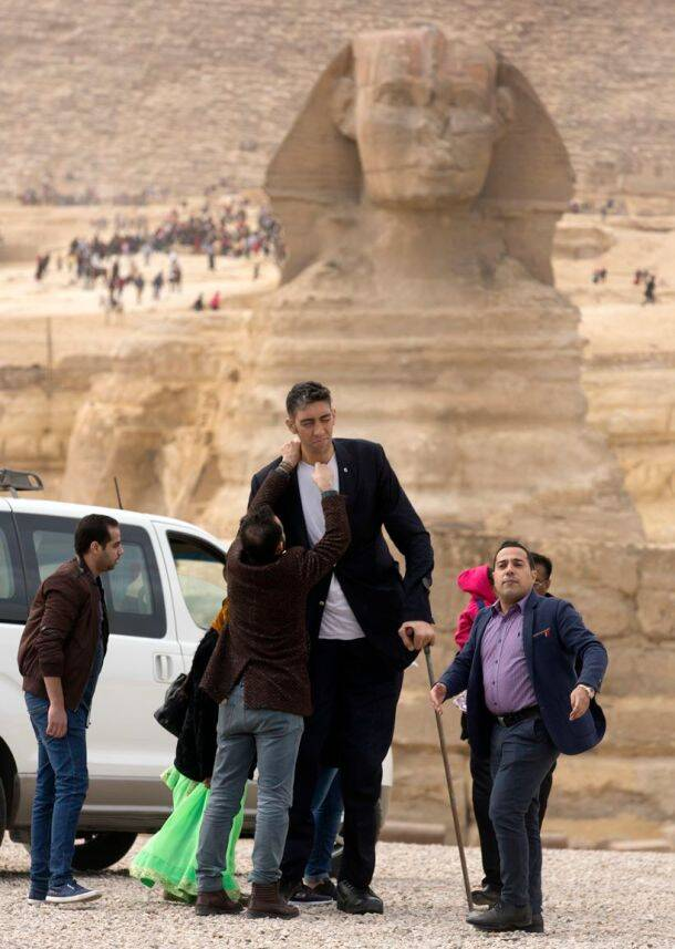 worlds-tallest-man-shortest-woman-egypt-003.jpg?w=610