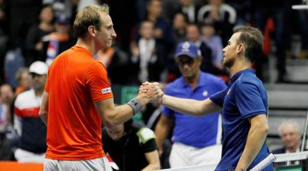 Davis Cup: Netherlands lead holder France 1-0