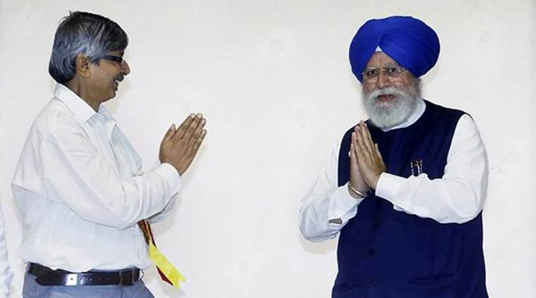 Union minister S S Ahluwalia at an event in Kolkata. (File)