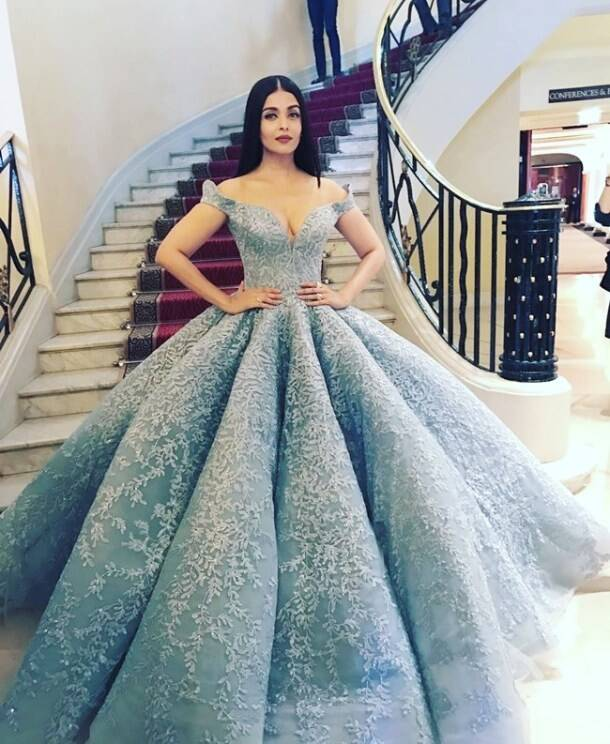 PHOTOS: Pics of Aishwarya Rai Bachchan looking like a celestial ...