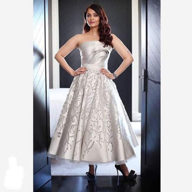 aishwarya rai, aishwarya rai bachchan, aishwarya rai photos, aishwarya rai in gown, aishwarya rai in gowns, gowns fashion, aishwarya rai gown fashion aishwarya rai wearing gowns, Indian Express, Indian Express news
