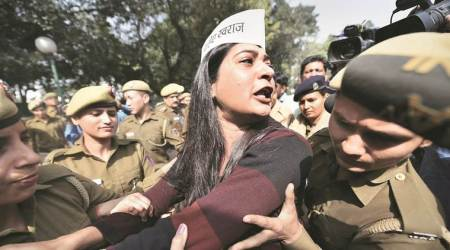 Delhi chief secy 'assualt' case: 89 detained on day of protests, AAP and BJP trade charges