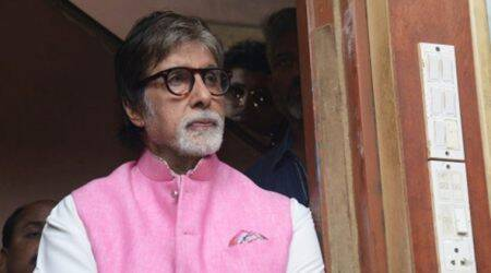 Doctors fly to Jodhpur to treat Amitabh Bachchan's shoulder pain