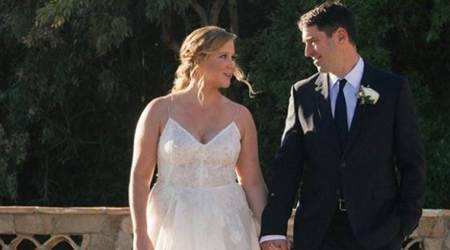 Amy Schumer ties the knot with chef Chris Fischer, see photos