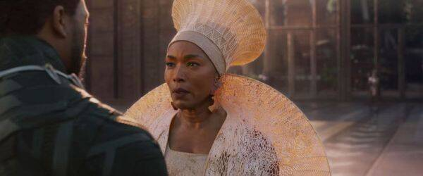 angela bassett in black panther
