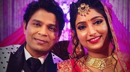 Singer Ankit Tiwari gets engaged